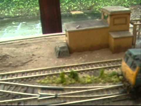 OO gauge model railway layout,end to end. Under construction Part 1 2011 01 21