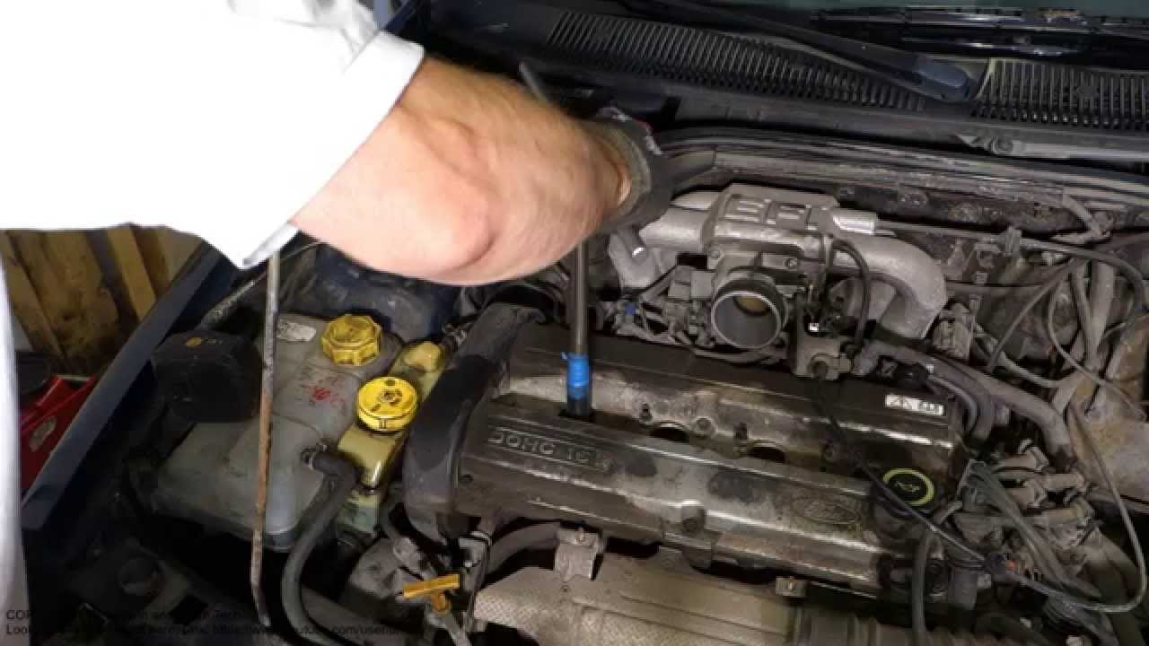 How To Replace Ford Escort Zetec Engine Spark Plugs Youtube