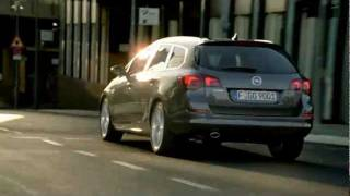 Opel Astra J Sports Tourer - Feel the drive