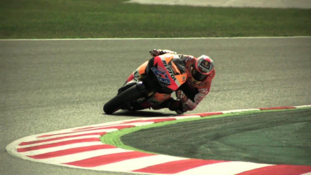 High speed MotoGP cornering explaned - YouTube