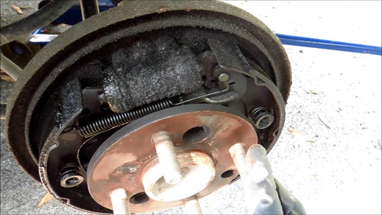 Rear brake trouble on Saturn SL2  YouTube