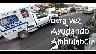 Otra vez Ayudando Ambulancia en Bogota thumbnail