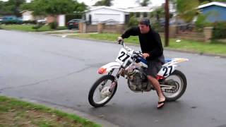 dirt bike johnny crf 450 burnout wheelie 2