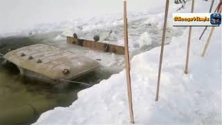 Ice Road Trucking in Siberia, a Terrifying Assignment