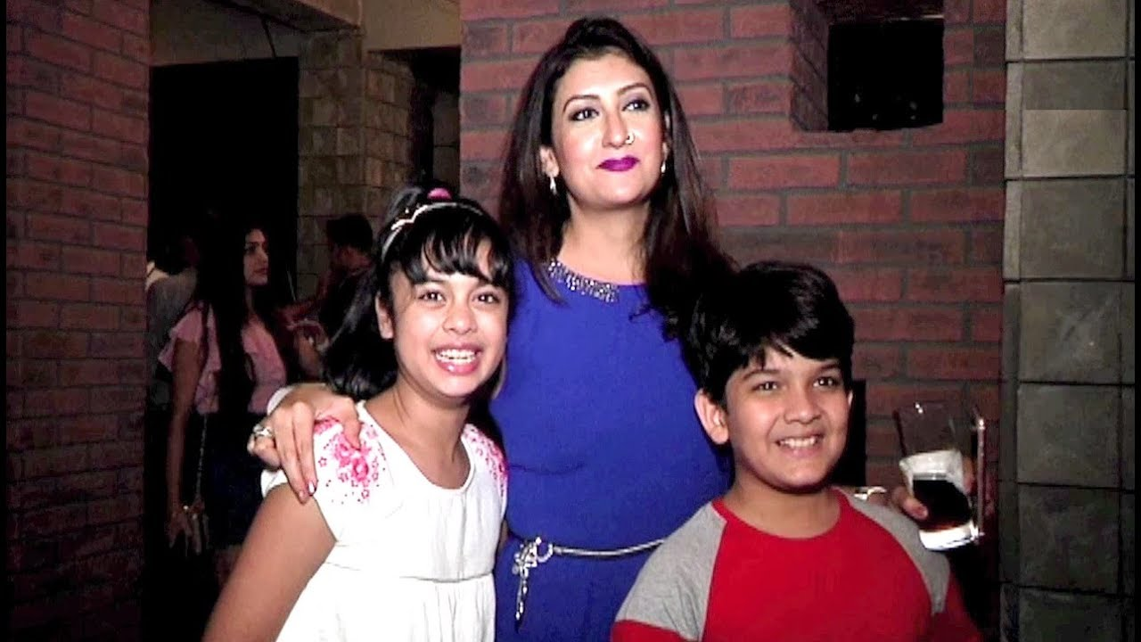 Juhi Parmar With Kids At Sony Tv New Serial Porus Episode 1 Premiere
