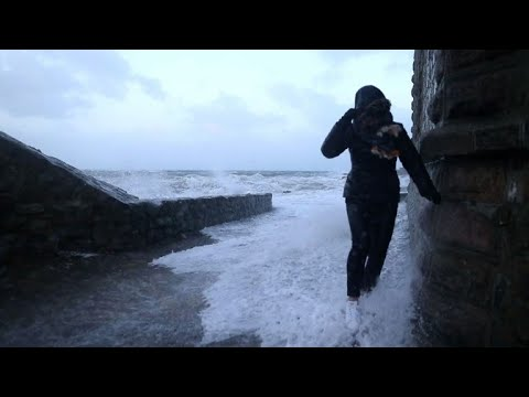 Storm Eleanor batters Europe