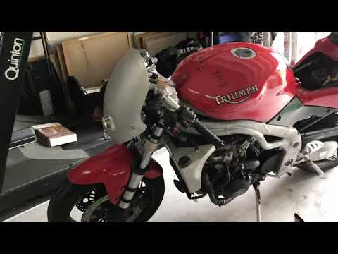 Custom Triumph Daytona i build log #