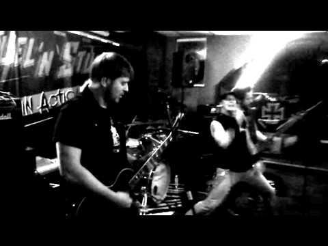 "FUEL'N'STUFF ""Light my Path"" Live im Rock Cafe Kult 2015"