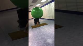 Video Guy Climbs into Massive balloon download MP3, 3GP, MP4, WEBM, AVI, FLV April 2018