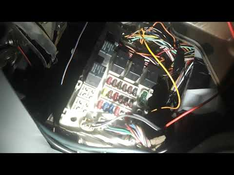 Временный ремонт поворотников и аварийки Lancer 9/cedia