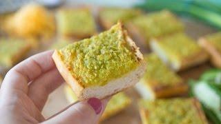 Cheesy Cheddar Jalapeno Garlic Bread Recipe - Fifteen Spatulas