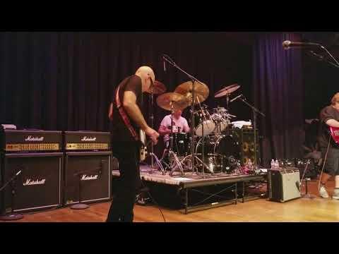 "Private Concert - G4 2017 Joe Satriani, Stu Hamm and Jonathan Mover play ""Time Machine"""