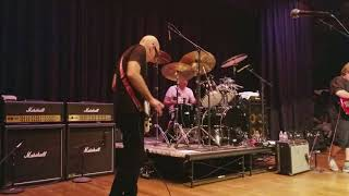 "Private Concert - G4 2017 Joe Satriani, Stu Hamm and Jonathan Mover play ""Time Machine"""