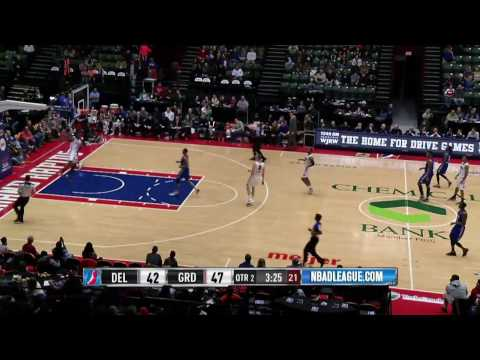 Stanley Johnson Drops the Hammer for the Grand Rapids Drive!