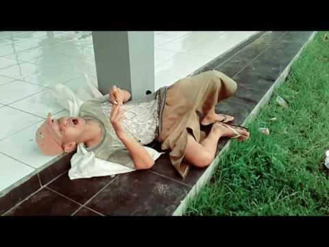 Nebucard Nezar - Gelandangan Cover Bung Rhoma Irama (Official Clip)