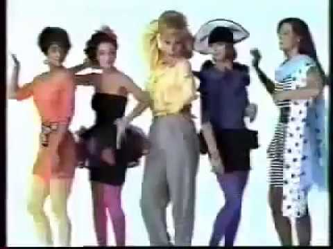 Living Dolls tv show intro - Leah Remini - Halle Barre - Who's The Boss? Spinoff 1989