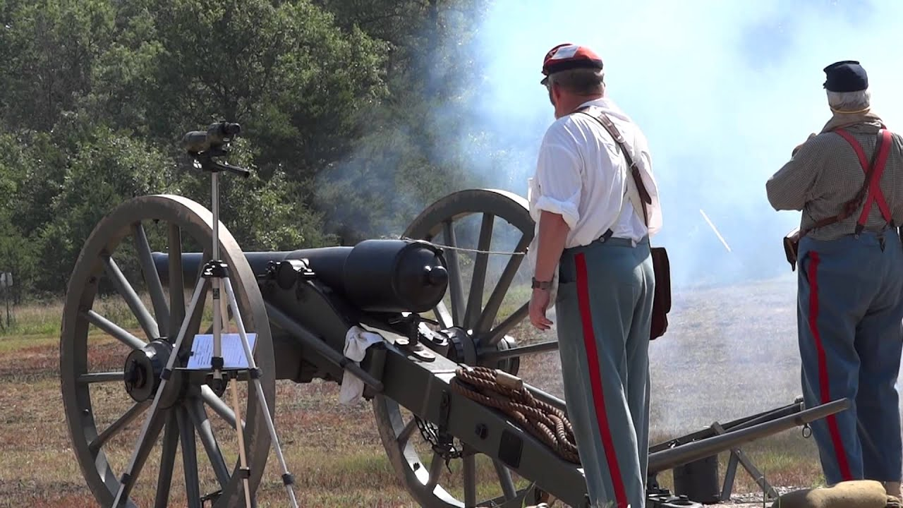 Civil War Artillery with full military loads