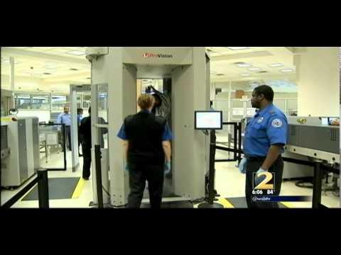 Man raises eyebrows carrying rifle through Atlanta Airport