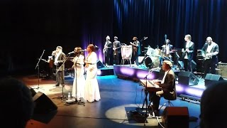 Les Ambassadeurs feat. Salif Keita, Cheik Tidiane Seck & Amadaou Bagayoko