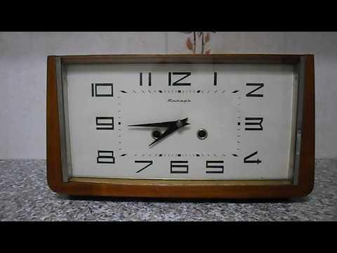 Часы каминные. настольные Янтарь с боем СССР№122