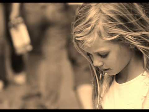 Vina Panduwinata - Biarkan Cinta Itu Ada (RIP Dodo Zakaria)