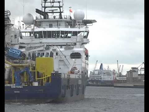 Offshore Vessel Rem Forza arrives on the River Tyne 12th April 2014