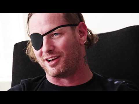 "STONE SOUR: Interview ""If we're gonna be the last Rock band standing, so be it"" (2017)"