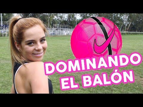Aprendiendo A Dominar El Balón♡ / Laila Montero