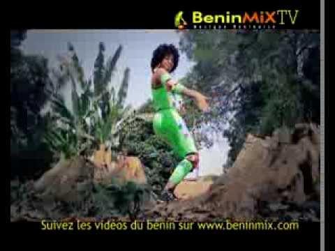 Maman africaine : SENAN NOBLE (Musique béninoise) VEVO