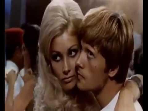 Il giovane normale 1969 film italiano - Janet Agren, Lino Capolicchio
