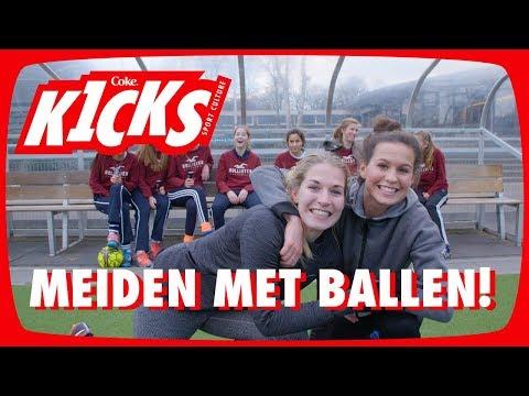 KELLY ZEEMAN & Merel gaan VOETBALLEN met een hockeyteam - Kicks #2