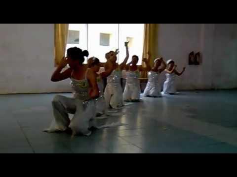 Con Cò- nhóm múa 3-k6b ĐH sư phạm nghệ thật tw