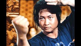 Само Хунг против мастера кунг фу с веером