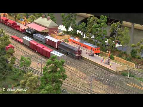 Miniature Trains : Hobsons Bay Model Railway Exhibition 2014