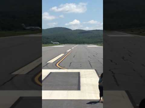 Private commercial jet landing at Wilkes Barre Scranton International Airport