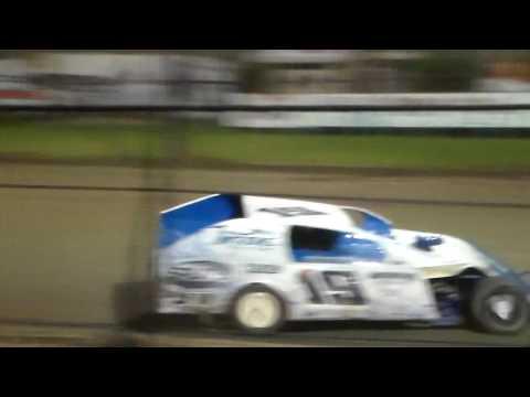 Modified Round 2 Heat 4 @ Marshalltown Speedway 09/16/16