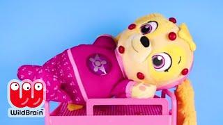 PAW PATROL Skye has Chickenpox at School   Jr Doc McStuffins,   Ellie Sparkles Loves LOL Surprise