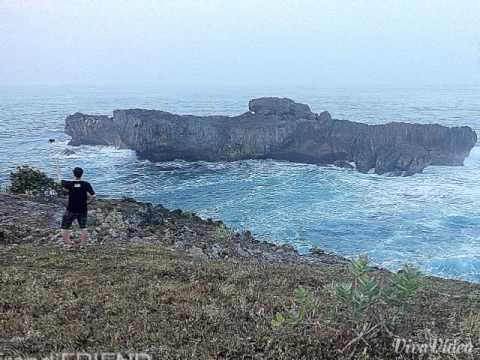 Pantai Watu Bale, Tulakan, Pacitan, Jawa Timur 2015 #VersiFoto
