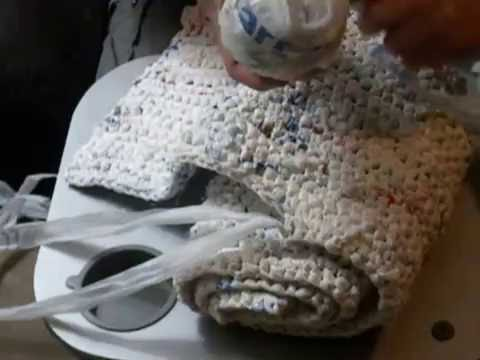 How to make sleeping mats for the homeless out of plastic bags