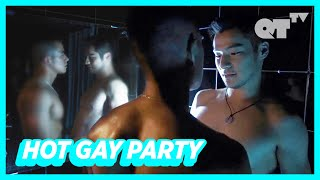 Download lagu Partying With Hot Boys For My Birthday! | Gay Romance | The Story of the Stone