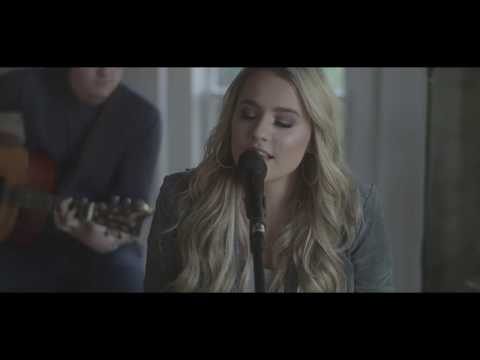 """Gabby Barrett - """"The Good Ones"""" (Downtown Session)"""