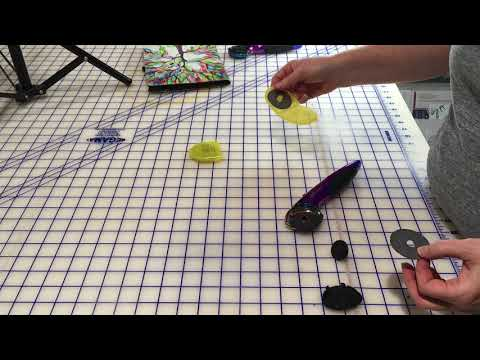 Tula Pink Rotary Cutter - How To Switch Cutting Sides And Change Blades