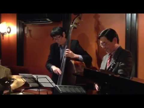 """""""My one and only love"""" by ePAQ (em's Pro Ama Quartet) at Jazz & Bar em's in Ginza, Tokyo"""