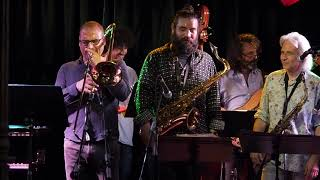 Baixar Perico Sambeat Ensemble plays Zappa - A Pound For A Brown