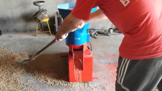 Repeat youtube video granulator 300kg/h      4mm