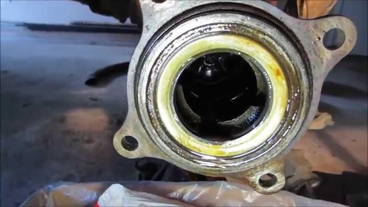 Rear Toyota Tundra Bearing Axle Removal