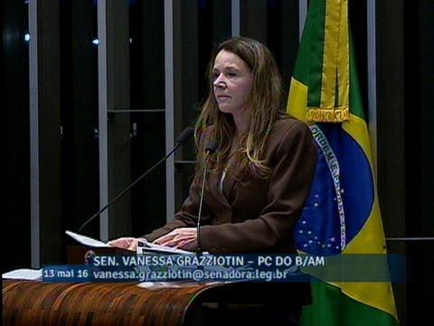 Vanessa Grazziotin critica o novo ministério formado por Michel Temer