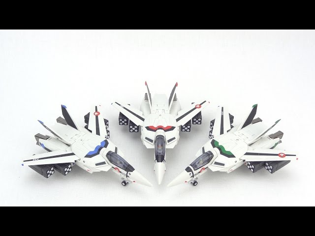 Review of Bandais Hi-Metal VF-1A Toys