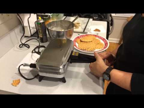 Making Pizzelles cookies in an iron (time lapse)