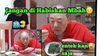 Download Mp3 Reaksi Majikan Makan Kue Lapis Indonesia ||makanan Indonesia
